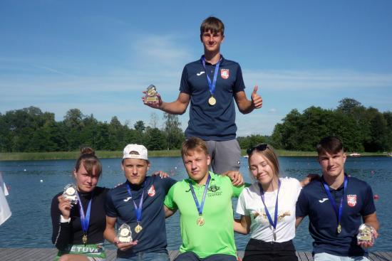 Iš Lietuvos irklavimo čempionato plungiškiai grįžo su medaliais