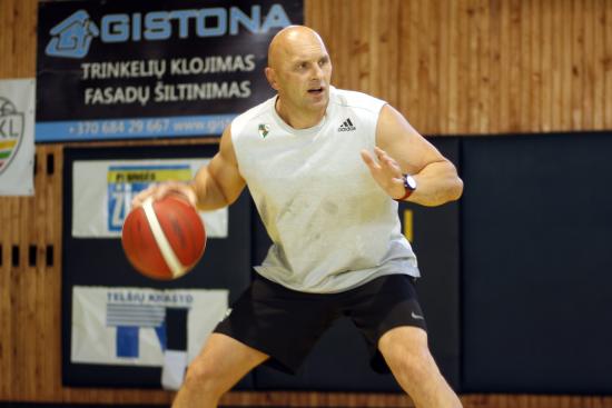 Plungės sporto ir rekreacijos centre dirbs naujas krepšinio treneris