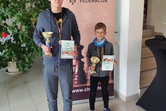 Iš Lietuvos čempionatų su medaliais