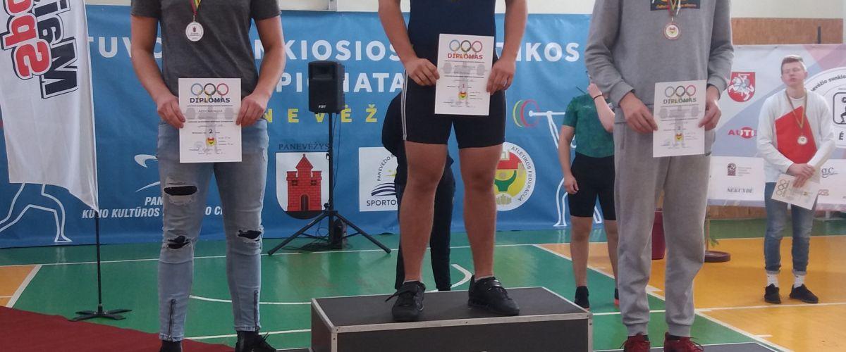Iškovoti jaunių sidabro medaliai