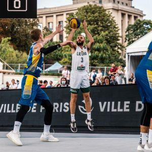 Plungiškis su Lietuvos 3×3 vyrų krepšinio rinktine iškovojo sidabro medalius